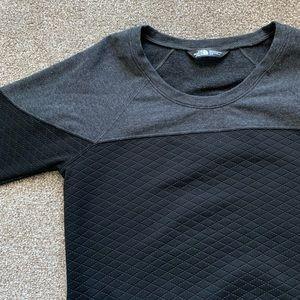 North Face pullover crew neck sweatshirt